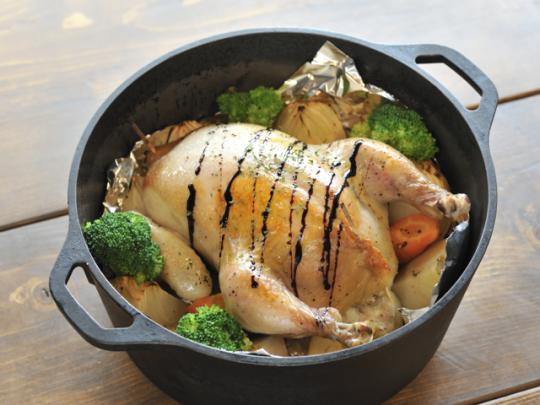 野菜から水分が出て、鶏肉がジュージーに仕上がる