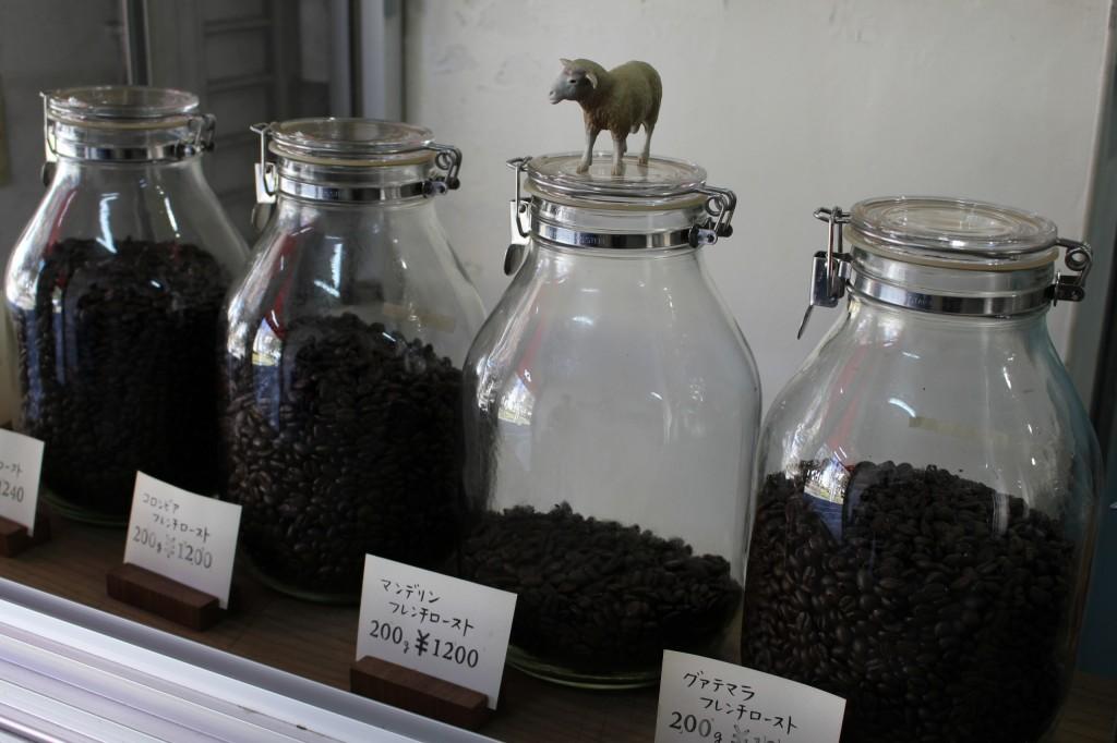 フレンチローストを中心に7~8種類の珈琲豆を販売