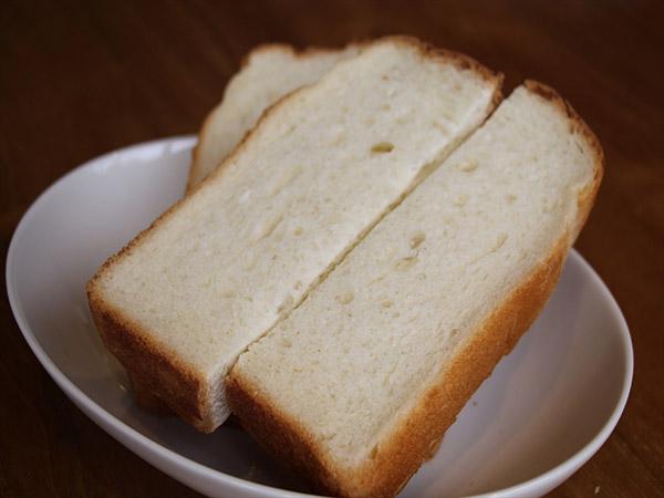 金の食パン(もっちり)