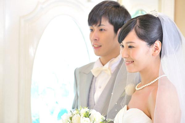 結婚式が1万円~ってどういうこと!? スマ婚について聞いてみた