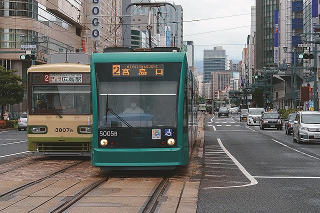 相生通りは広島のメインストリートだ
