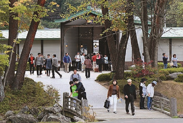 宮沢賢治童話村は、まさに童話の中のジョバンニや又三郎、山猫がでてきそうな雰囲気!