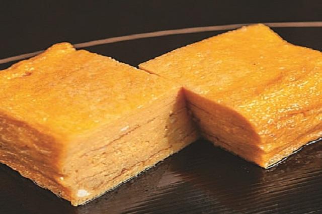 柔らかく出汁の効いた甘い厚焼き玉子が絶品