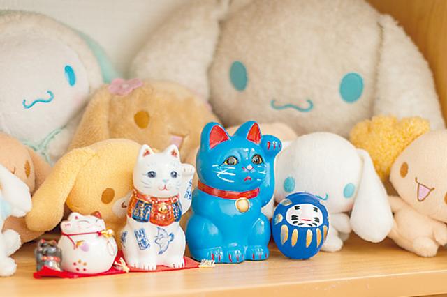 斉藤さんが所属する派生ユニット「まねきねこ from OS☆U」にちなんで招き猫を集めている