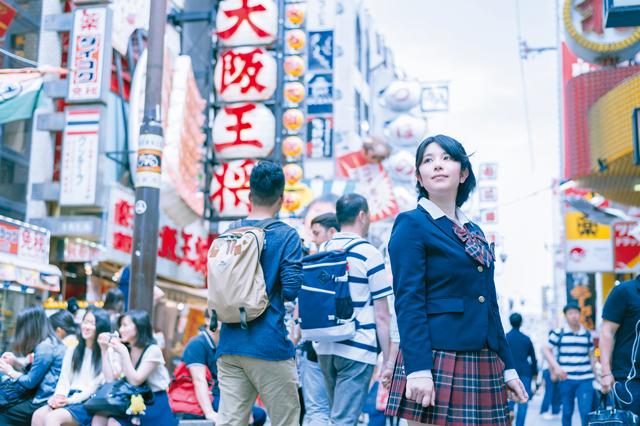 関西を拠点に活動するJK21Rのメンバーのひとり、森松侑杏さん