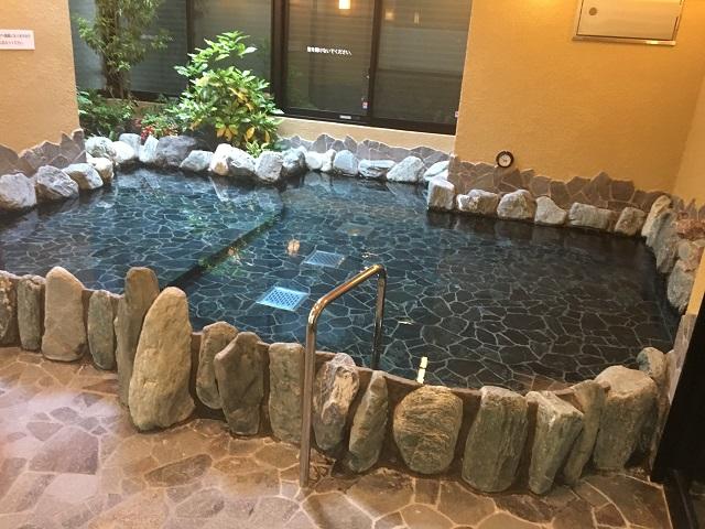 でかい露天風呂まで|萩の湯