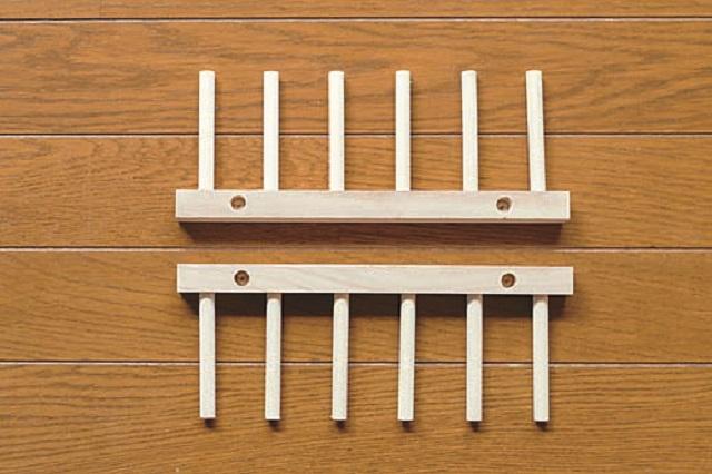 木製お皿立ては簡単に取りはずすことができる