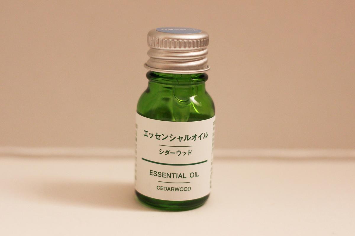 エッセンシャルオイル・シダーウッド 10ml(税込1,190円)|無印良品
