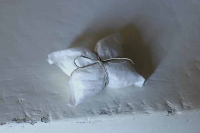 香り袋ならクローゼットやたタンスにも入れられる!|石鹸フレグランス