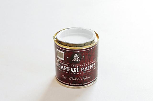 ナチュラルでシンプルな色合いがオブジェのデザインにもよく合う|セリアの商品で作る小物入れ