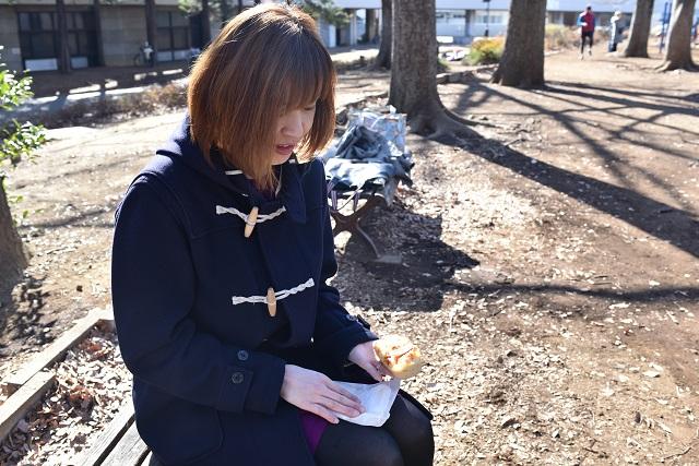 「写真も自然光で撮ると、パンが映えますしね。公園で一人、パンを撮っているとおかしな目で見られますが、もう慣れました」と片山さん