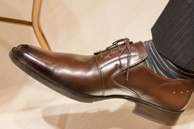 きれいな靴で春を迎えよう!|100均グッズで靴磨き