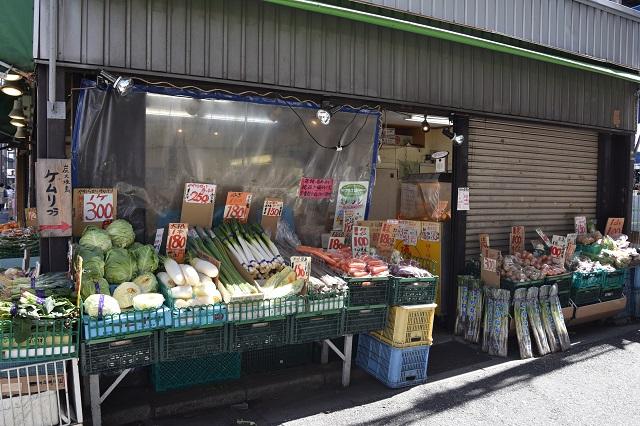 同じ商店街の中に八百屋が3軒もあった|東京メトロ直通運転開始で便利になる街「北綾瀬」「方南町」をサキドリ取材してきた