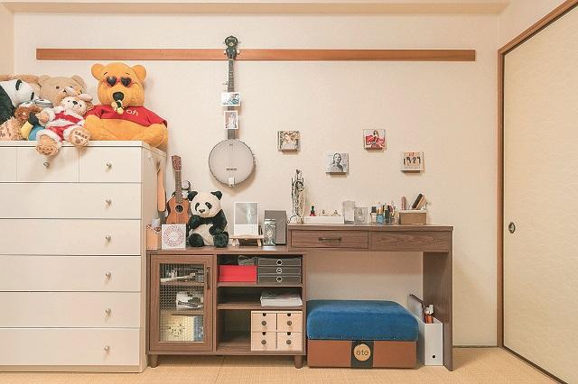 千種さんの趣味がギュッと詰まった和室。家族が増えた時でも畳敷きの部屋は便利に使える|同棲・結婚生活の参考に!新婚さんに聞いた、結婚を見据えた二人暮らしの部屋探しのコツ