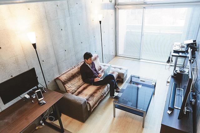 こだわりの部屋づくりを学ぶ!|【インテリアコーディネート術】ロフト付き1Kを居心地のよい空間に!ゲームディレクターの部屋づくりポイント紹介