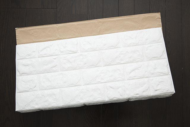 ふわふわ柔らかい素材のクッションブリックシート ホワイトレンガ調|【賃貸DIY】狭いキッチンに!調理スペースや収納棚になるキッチンカウンターの作り方