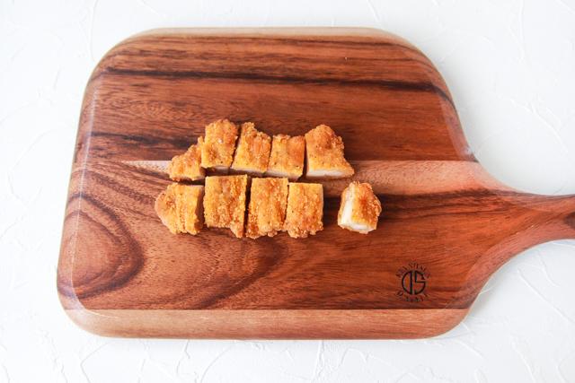 フライドチキンでボリュームアップ|コンビニ食材でつくるお花見弁当・ポテトチキングラタンのレシピ