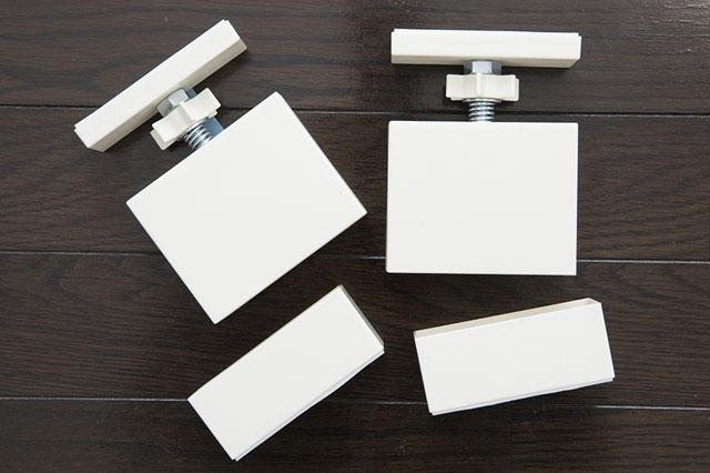カラーは4種類。部屋の雰囲気に合わせて選ぼう LABRICO2×4アジャスター ホームセンター、Webショップなど 【賃貸DIY】服も小物もすっきり収納! 人気のラブリコでオープンシェルフを作ろう