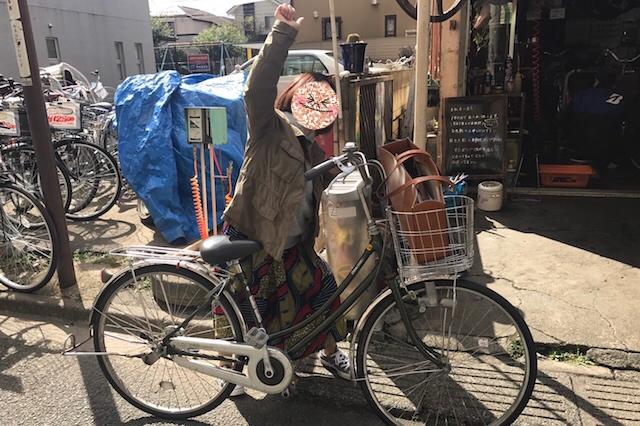 小平グリーンロードや小平駅周辺の丸ポストをチェックしながら「小平ふるさと村」を目指すことに。行ってきまーす♪ 〝日本一大きい丸ポスト〟のある街・小平はノスタルジック&SNS映えする風景の宝庫だった