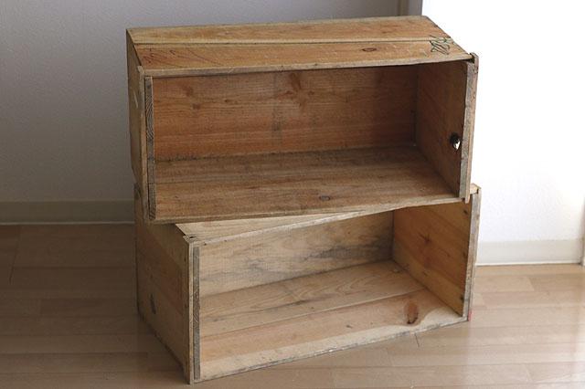 元々が作業用の箱なので木の表面は荒い。扱う時はトゲに十分注意を|りんご箱(ユーズド品)|Webショップ