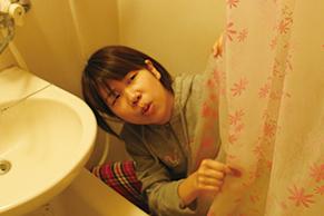 シャワーカーテンをきれいに保つ方法|ユニットバスのシャワーカーテンをきれいに保つ方法