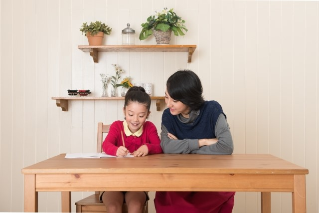 親がそばにいるという安心感が、勉強のやる気を出させることもある