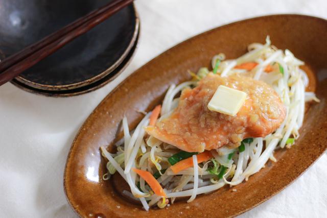 野菜たっぷり! ごはんの進むヘルシーおかず・鮭のちゃんちゃん焼き風レシピ