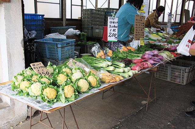 レンバイの野菜売り場