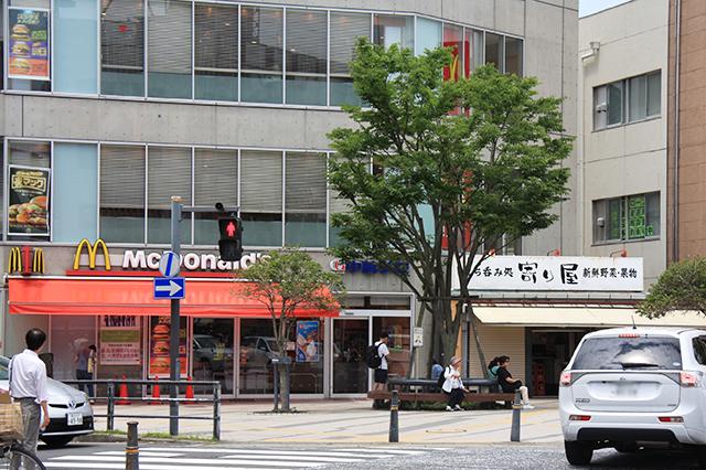 逗子駅東口の飲食店