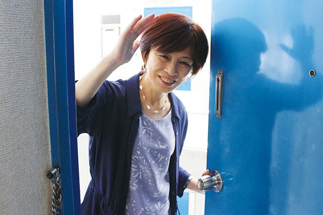 木村家の扉を開ける家事・収納アドバイザーの本多弘美先生