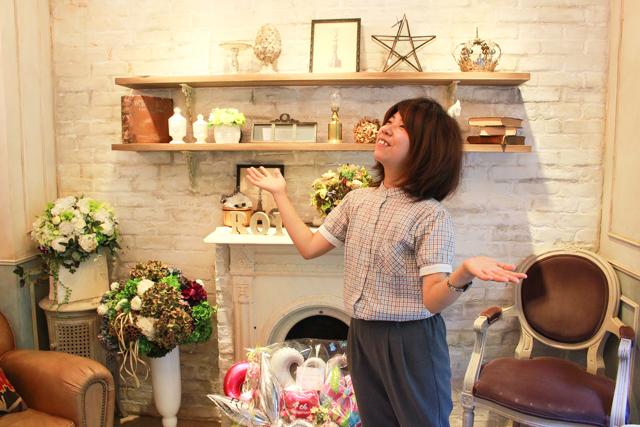 表参道「ROI」の店内。とってもおしゃれな空間で木村とぜんぜんあっていない…