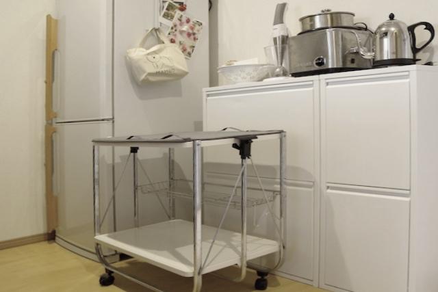 スタイリッシュな分別ゴミ箱&調理器具の数々