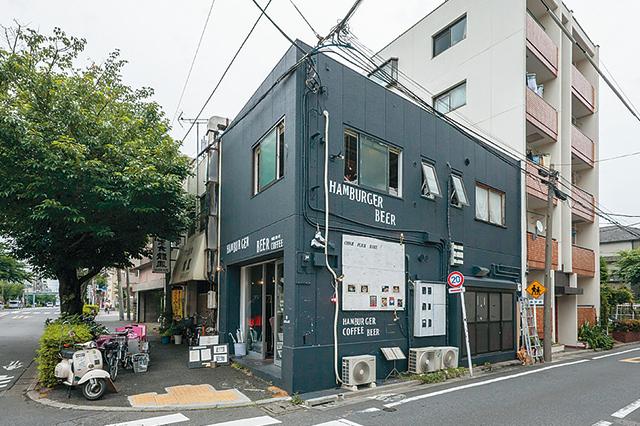 菅野さんが経営するカフェ「Chick Flick Bake」の外観写真