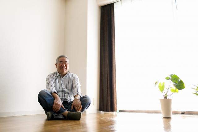 一人暮らしの高齢者男性