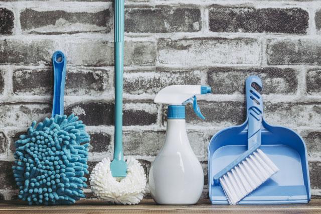 カビの発生を防ぐ換気のため不要になった掃除用具