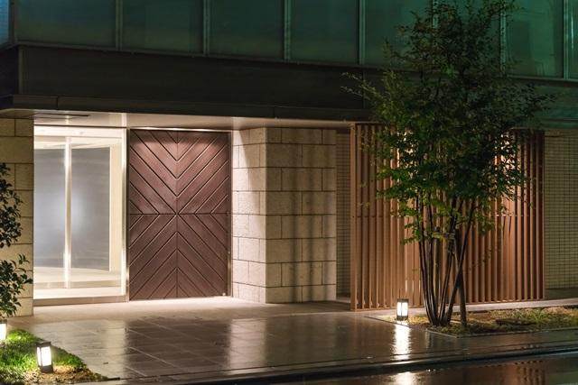 オートロックやスタッフ常駐のフロントなどもタワーマンションの設備として多い