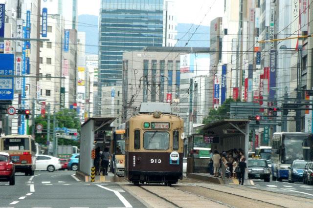 一人暮らしに適した広島市中区の街並み