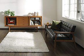 カリモクのソファが置かれている部屋