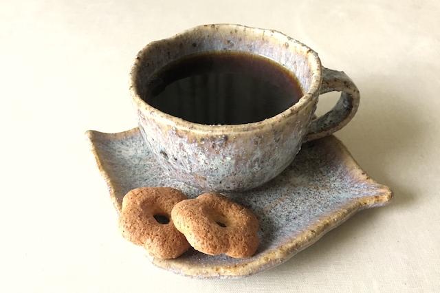 たんぽぽコーヒーとクッキー
