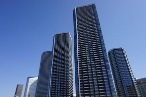 憧れのタワーマンションは賃貸で安く住もう!