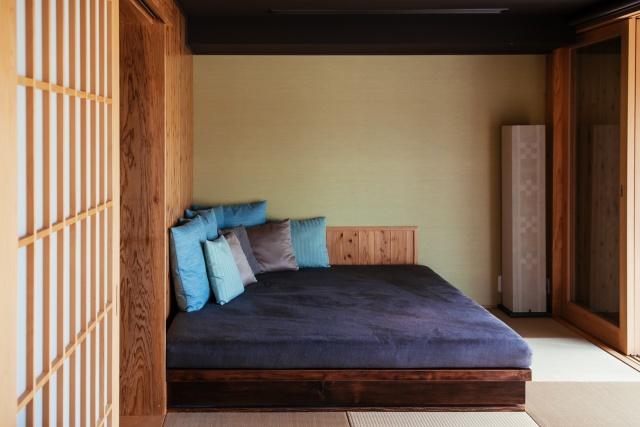 ベッドやソファなどとの相性も以外に良い。インテリアを楽しむことも可能だ