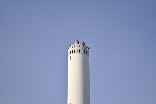 唐木田の煙突とガスタンク