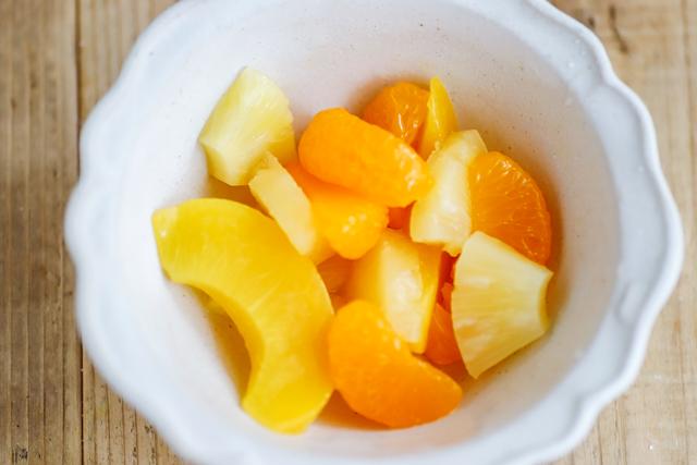 さわやかなフルーツ缶詰はおすすめのトッピング!