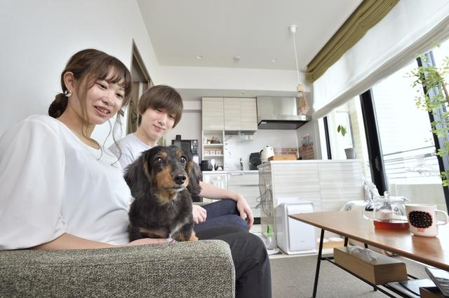 平湯さん夫妻の部屋と犬のハイジ