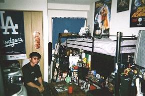 90年代ギャングスタ・カルチャーが詰まったオトコの音楽部屋