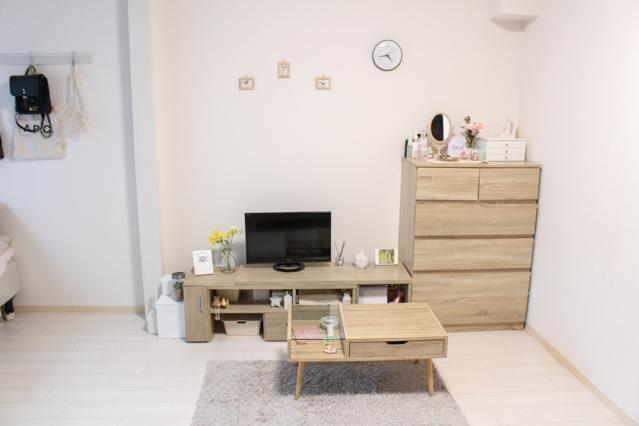 木目と色味が揃ったインスタグラマー・aoiさんのお部屋の家具家具