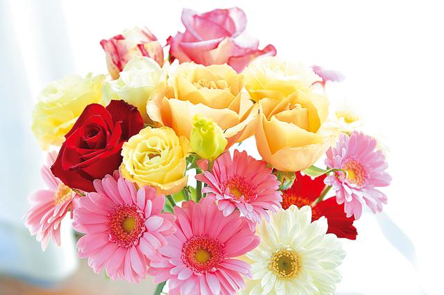 Dr.コパの風水インテリア術4.生花やドライフラワーを飾って運気を上げる