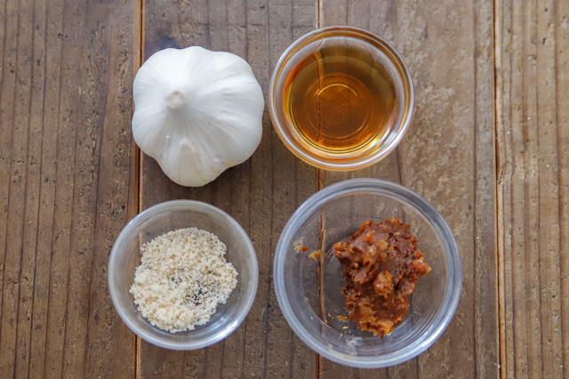 【丸ごと1個使い切り!】免疫力アップ!レンジで作れる激ウマ特盛にんにくレシピ