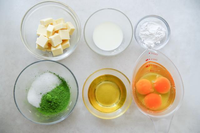 【バター・生クリーム不要】新茶の季節に作りたい「濃厚抹茶テリーヌ」のレシピ スイーツ 作り方 材料