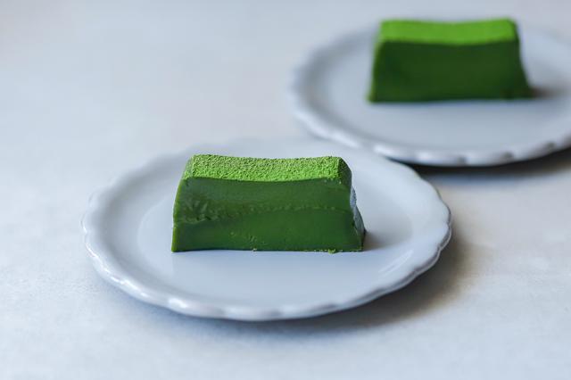 【バター・生クリーム不要】新茶の季節に作りたい「濃厚抹茶テリーヌ」のレシピ スイーツ 作り方